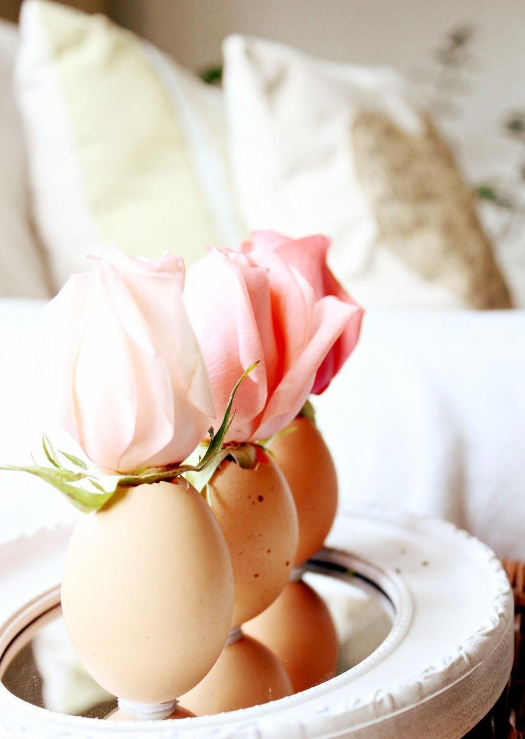 Idées de bricolage de Pâques: mini vases à fleurs.