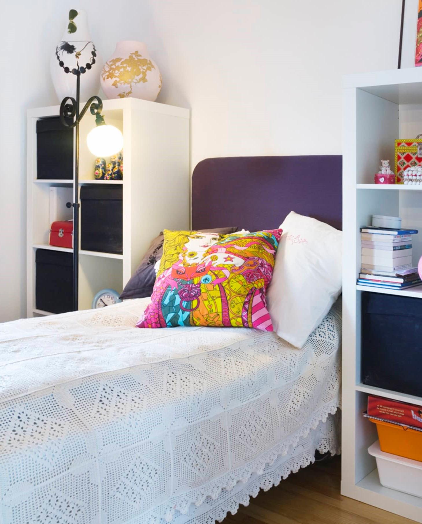 Ikea Kallax: idées de rangement pour la chambre à coucher.