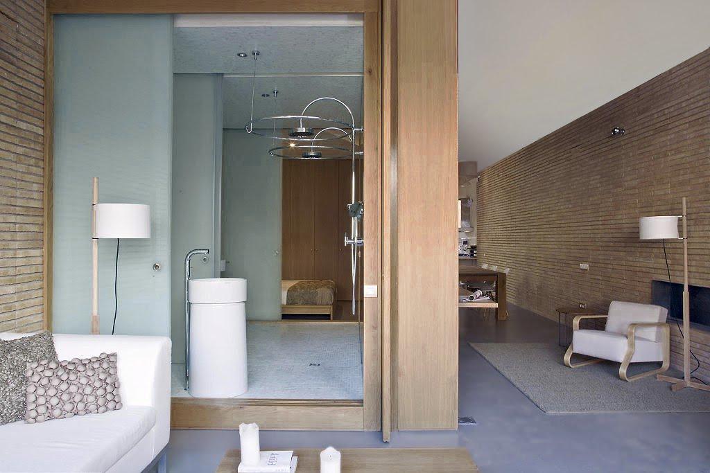Maison de style loft moderne et lumineuse