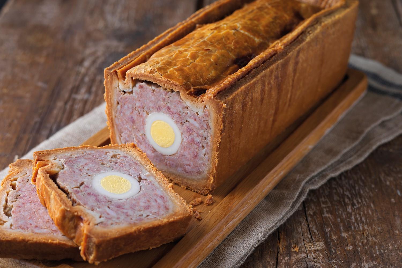 Préparez le pâté de Paques pour votre fête.