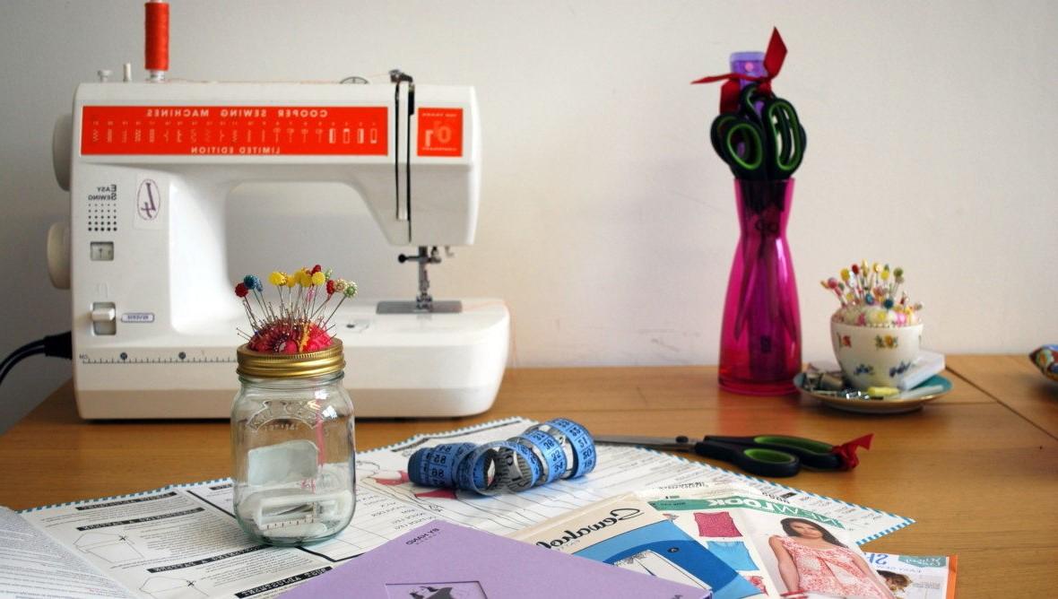 Vous améliorerez vos compétences en couture grâce à nos tutoriels faciles.