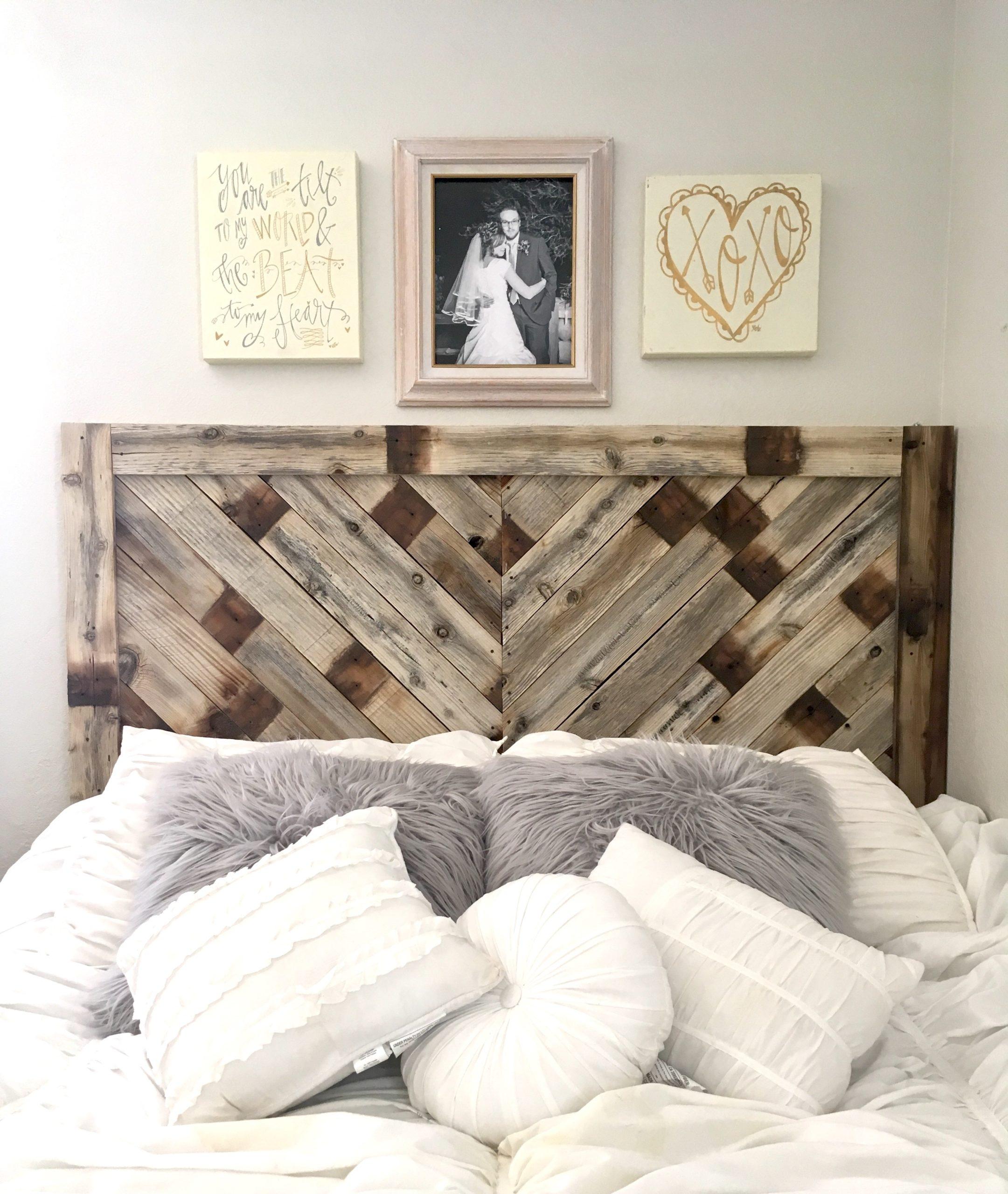 Tête de lit en palette.