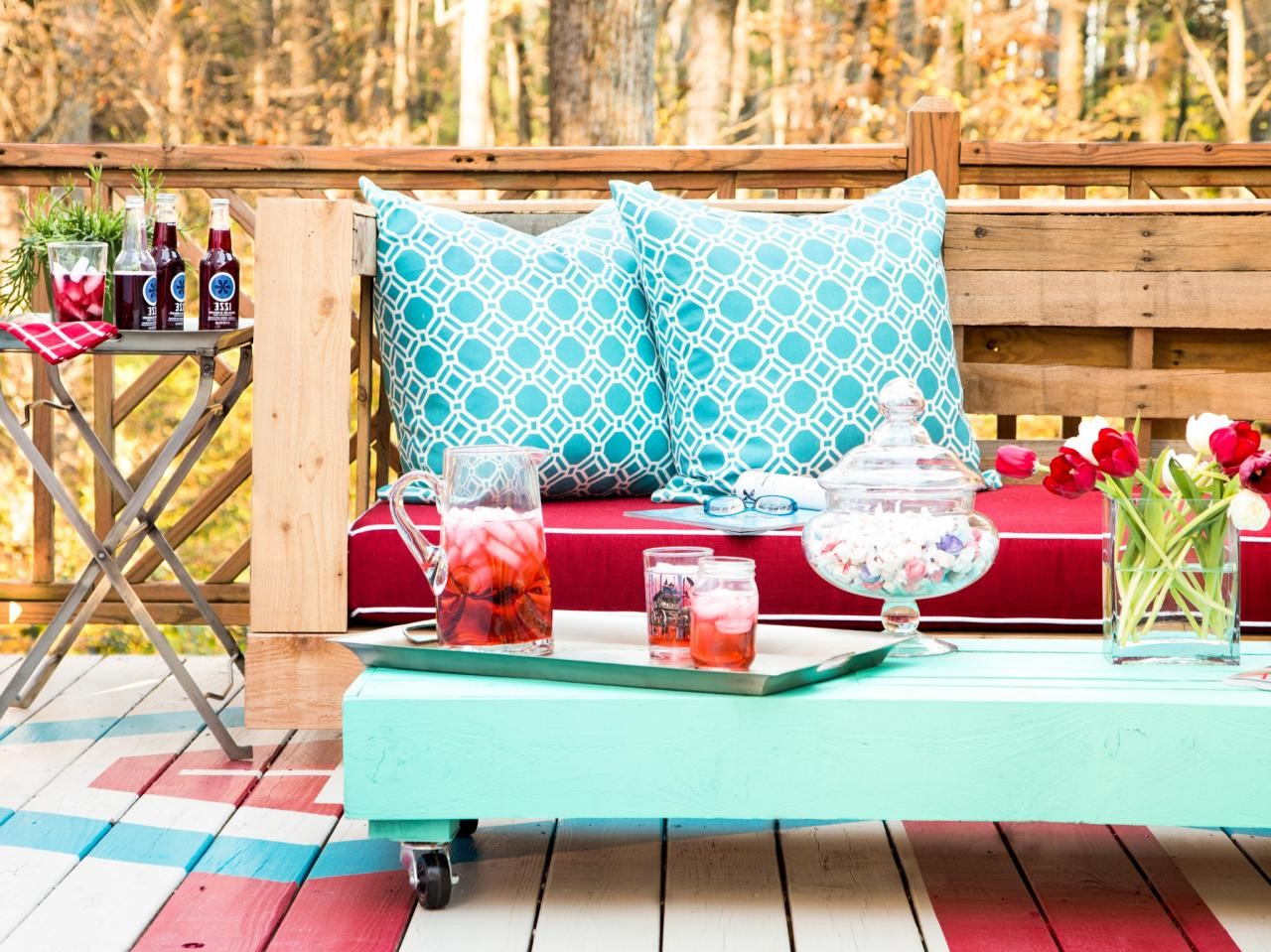 Que faire avec des palettes: table basse en bois.