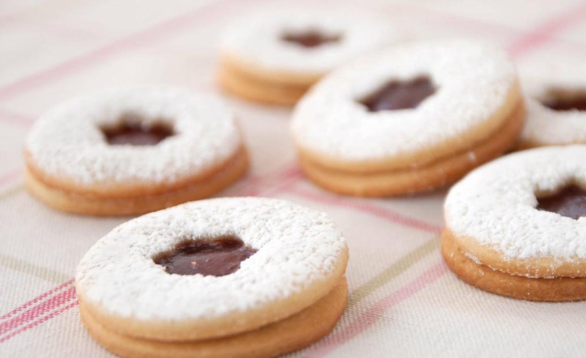 Recette de biscuits sucrés à la confiture pour Pâques
