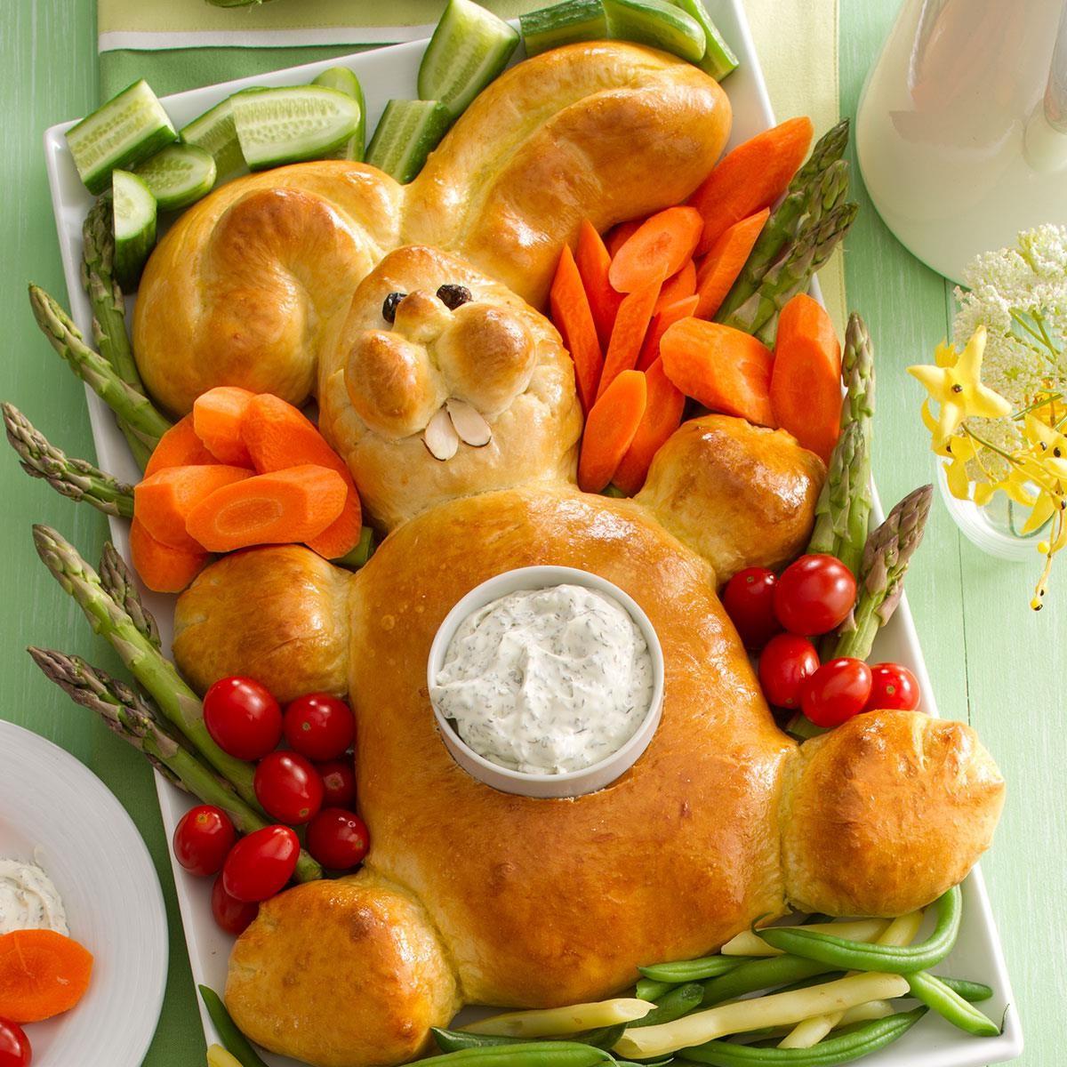 Pain en forme de lapin de Pâques.