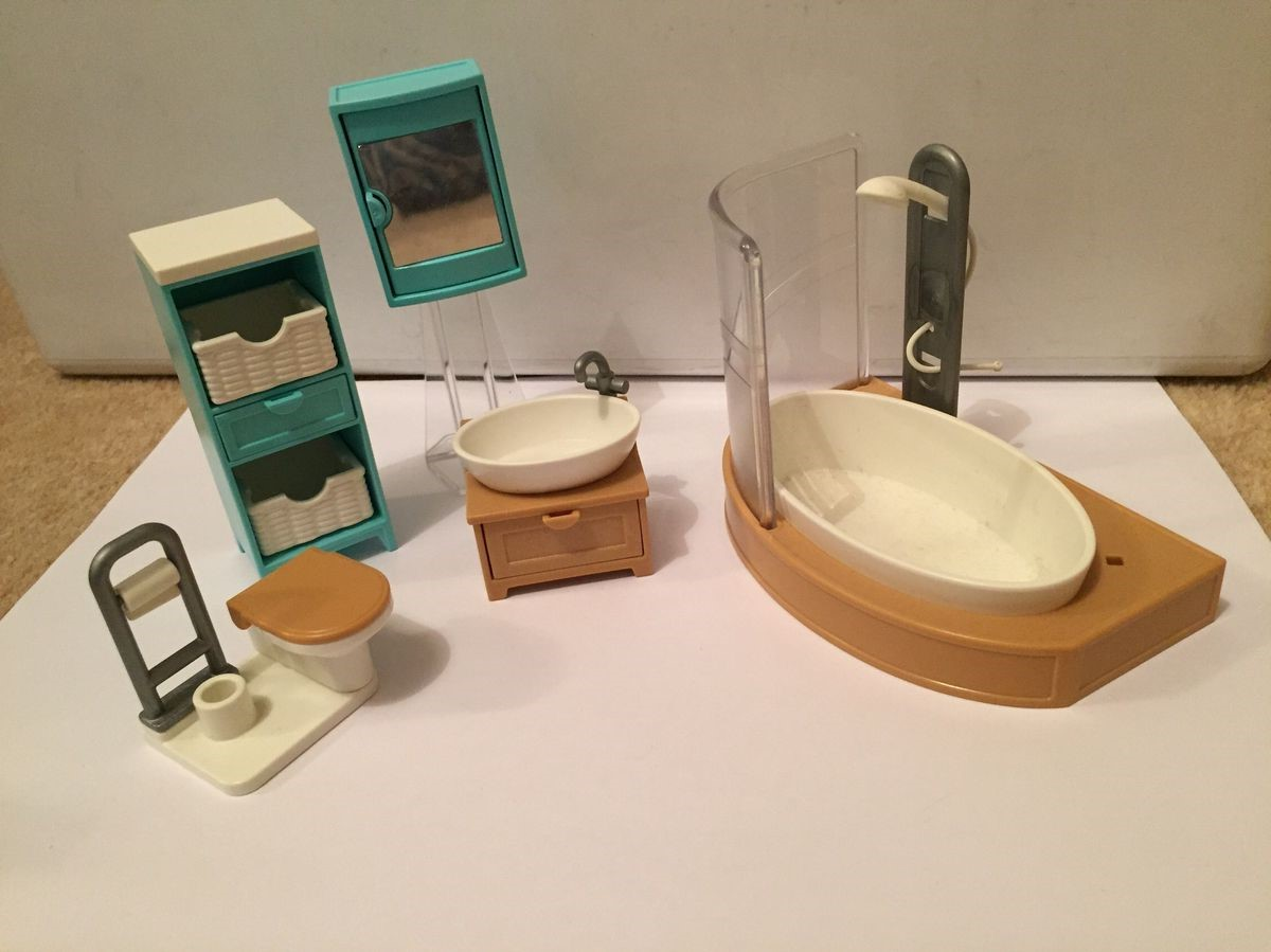 Chaque maison peut être enrichie avec une salle de bain correspondante à la thématique du produit concret.