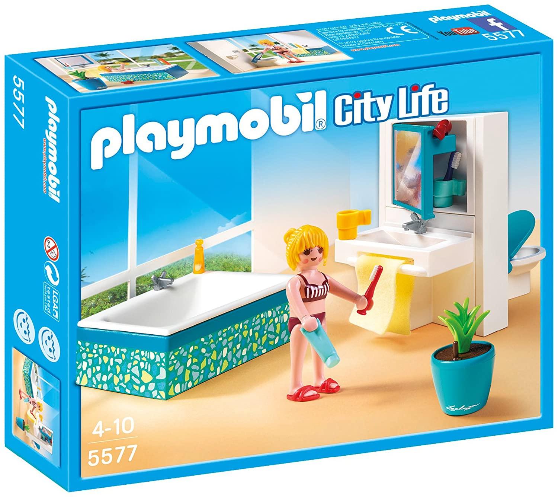 La salle de bains Playmobil 5577 comporte une immense baignoire pour vous permettre de vous détendre confortablement.