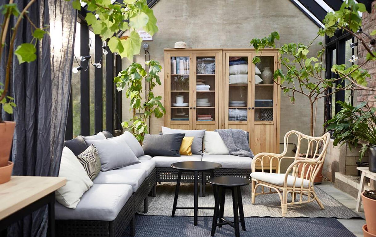 Idée de salon intérieur avec des meubles Ikea