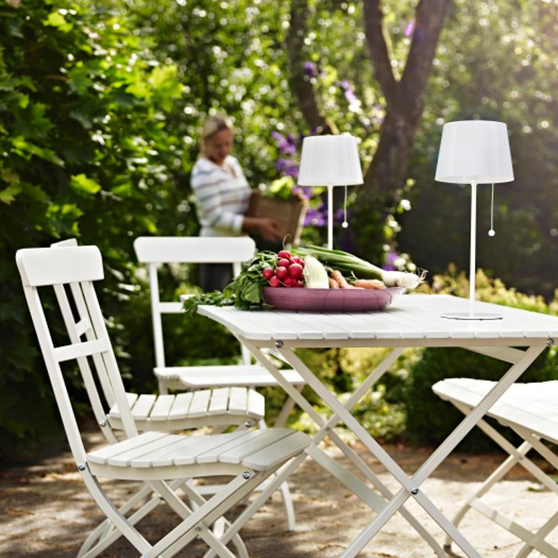 Salon de jardin Ikea - meubles pliants, utilisables également en terrasse