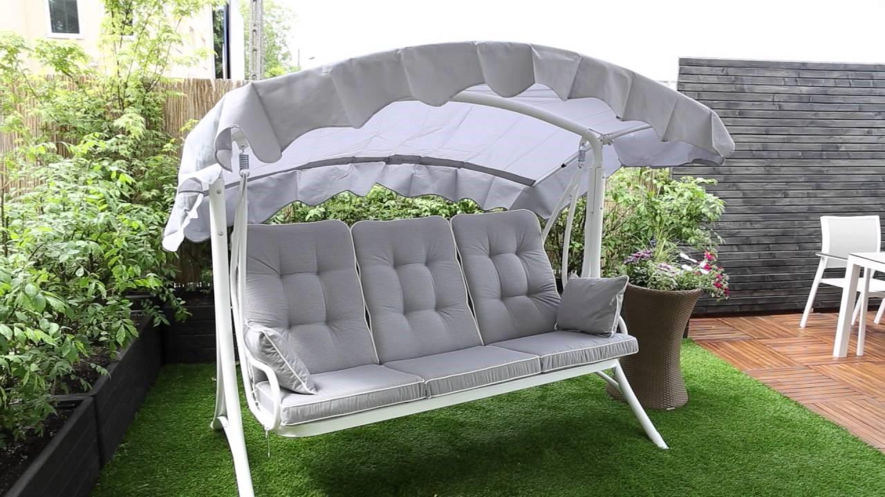 Auvent en tissu Sunbrella.