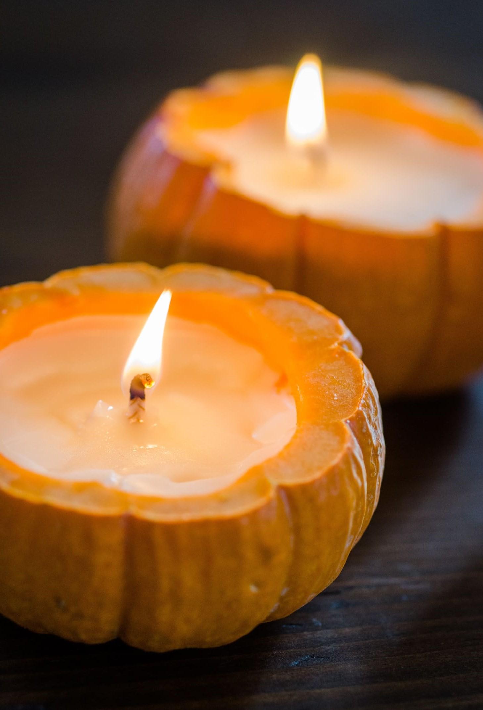 L'ajout d'une bougie ici et là créera de la douceur dans votre pièce et la rendra instantanément chaleureuse et accueillante.