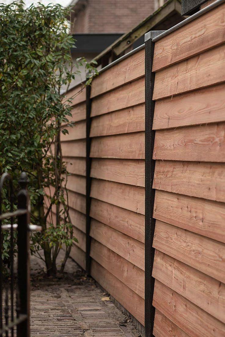 Clôture en bois tendance.
