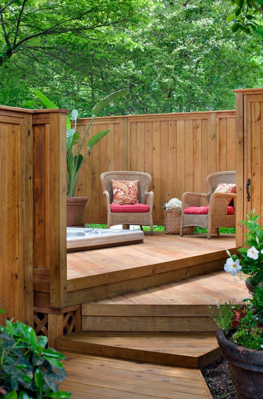 Brise vue en bois de haute qualité.