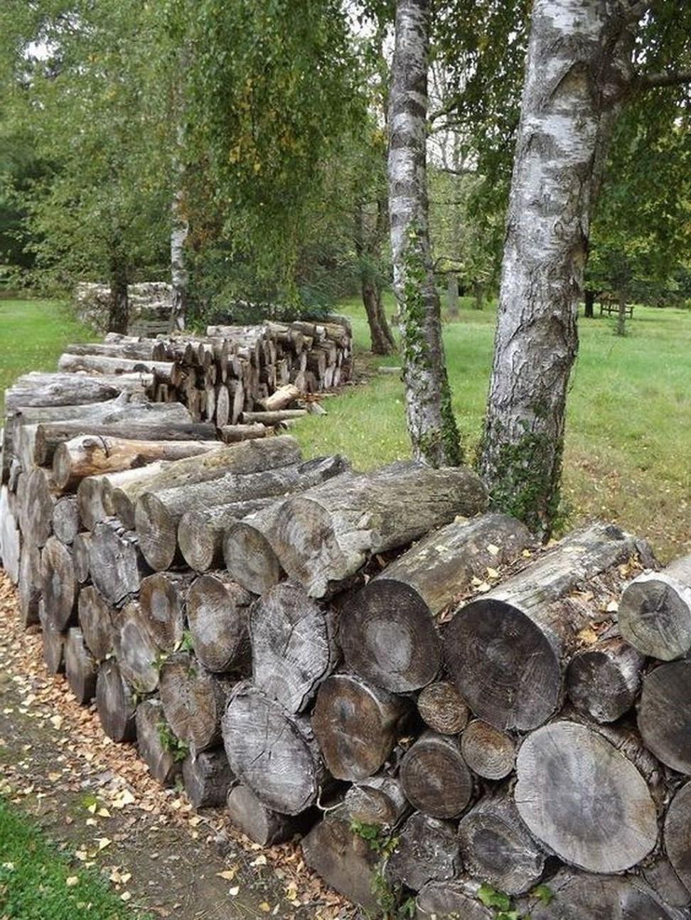Clôture en bois bon marché que vous pouvez réaliser facilement.