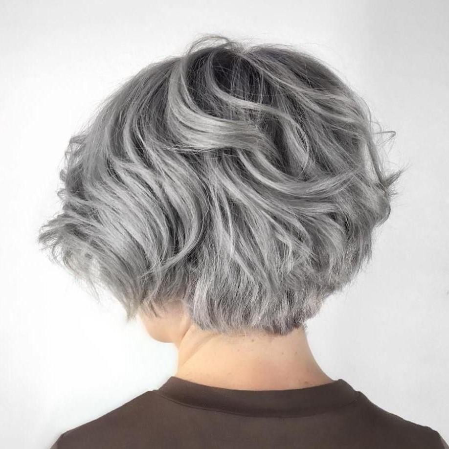 Couleur de cheveux blond cendré - très tendance!