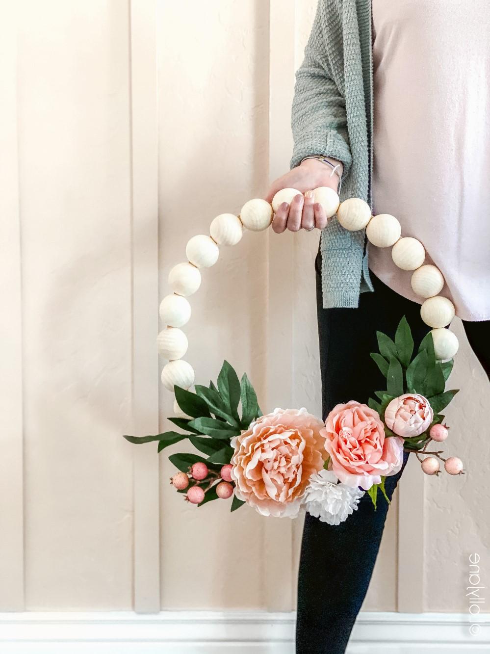 Bricolage maison sur Pinterest: Couronne de fleurs artificielles.