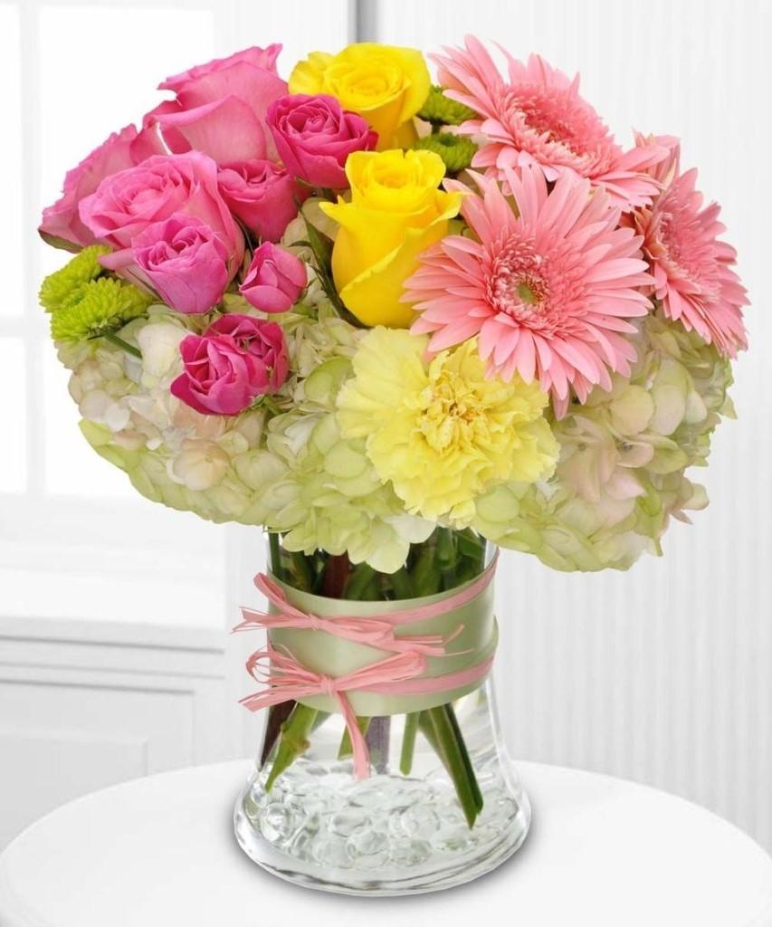 Bouquet multicolore qui la fera sûrement sourire.