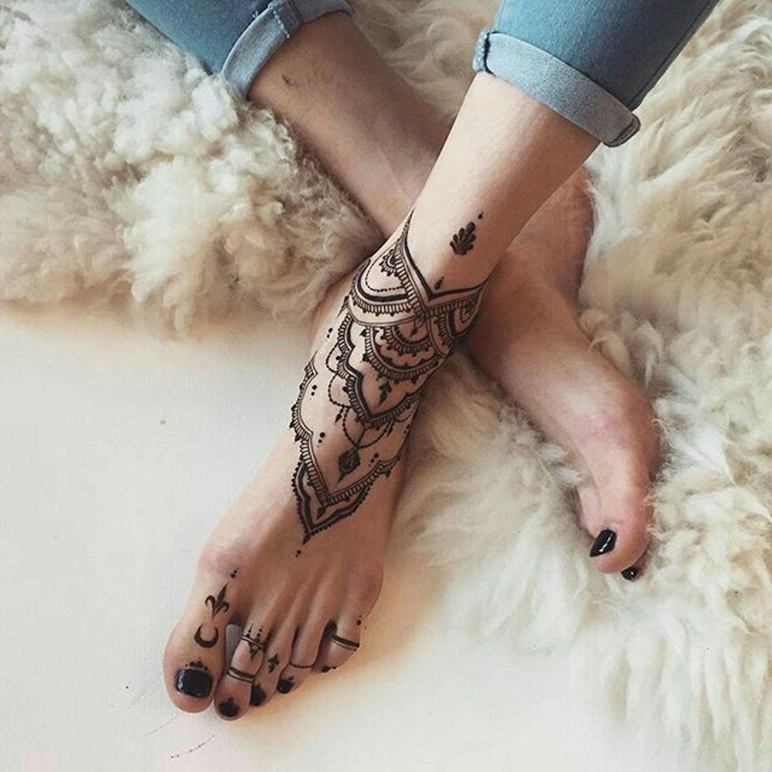 Tatouage au henné.