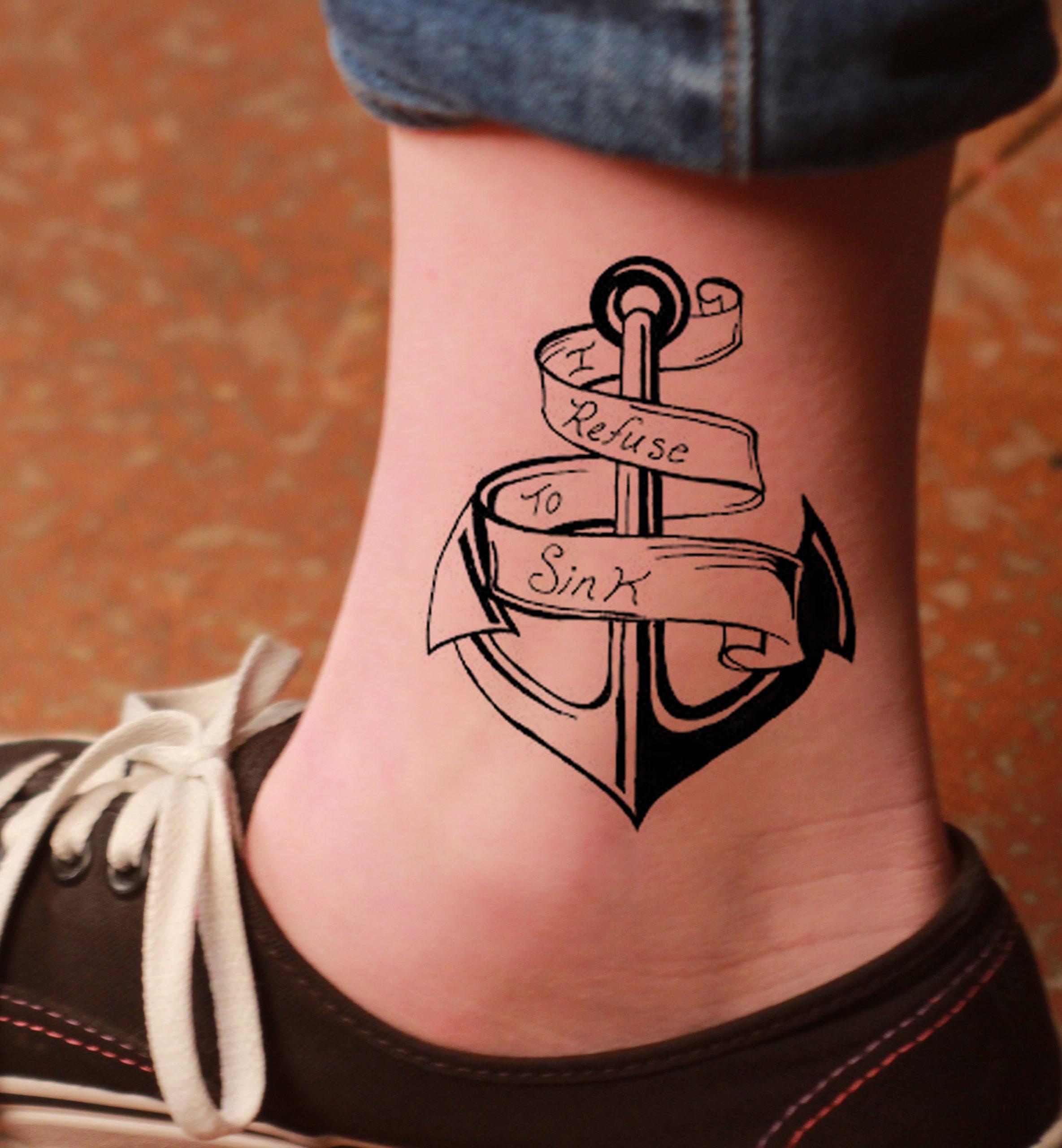 En effet, l'ancre est un symbole chrétien fort et est intégrée de manière complexe dans toute la Bible.