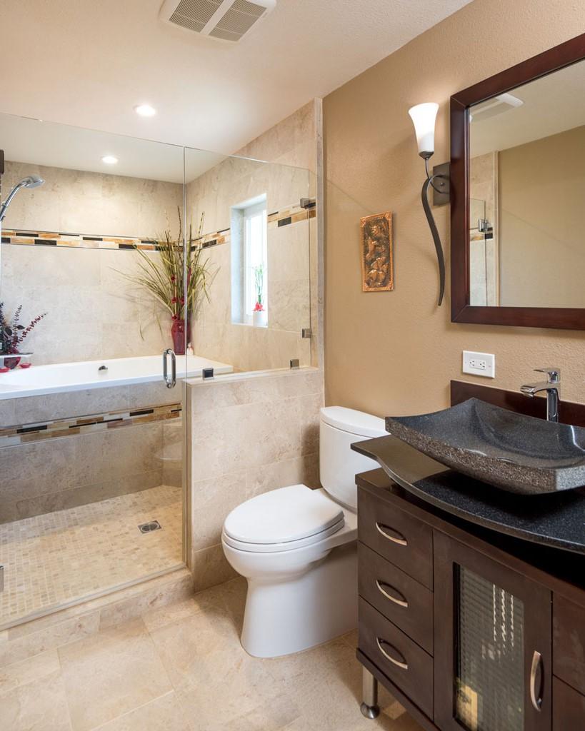 Salle de bains et cabine de douche zen.