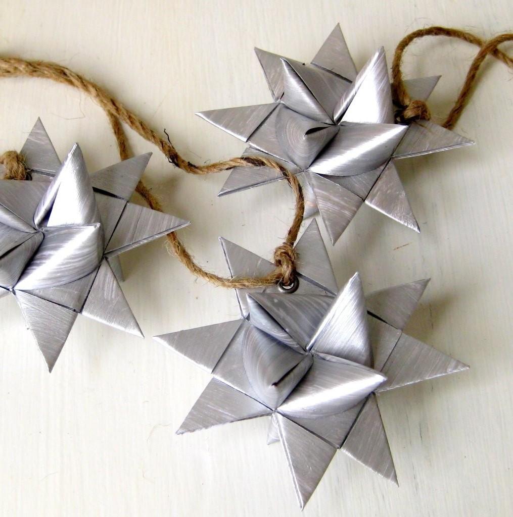Akira Yoshizawa est souvent connu comme le «grand maître de l'origami».