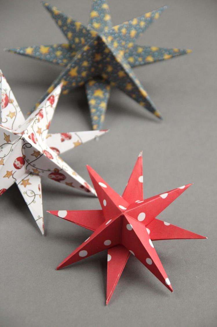 Aujourd'hui, vous verrez de nombreux exemples d'origami qui impliquent une certaine forme de découpe ou de collage pour fournir une stabilité accrue à la conception finale.