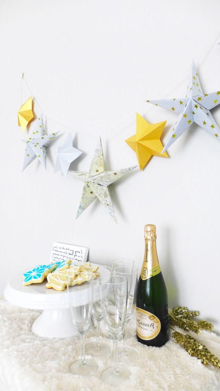 Guirlande origami pour votre fête.