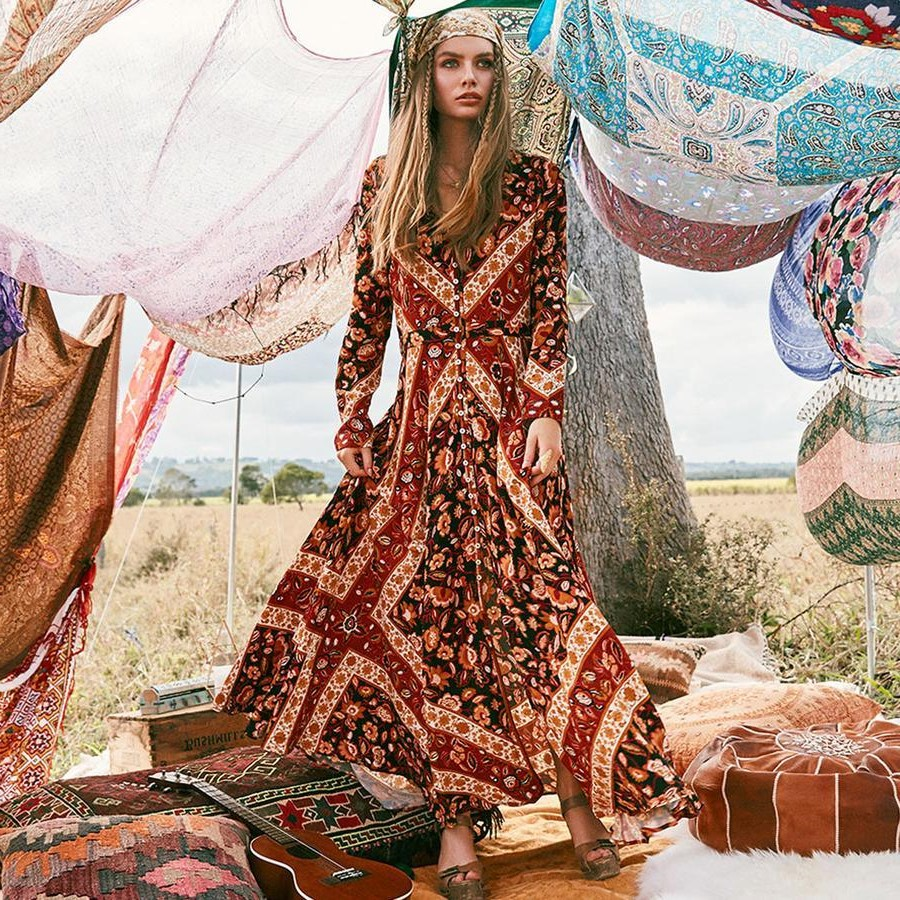 La perception générale de l'époque était que les artistes s'habillaient de la même manière que les gitans nomades.