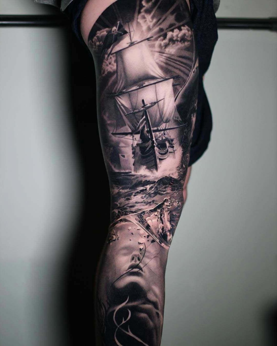 C'est plus qu'un tatouage - une œuvre d'art sur le corps.