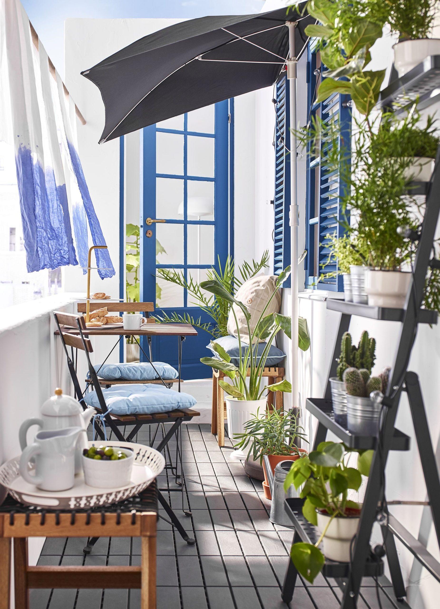 Les rideaux vous protégeront du soleil et des curieux voisins.
