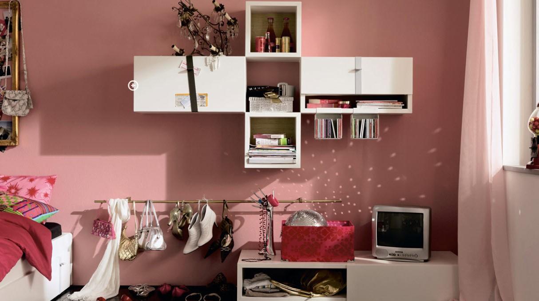 Conception de chambre en rose.