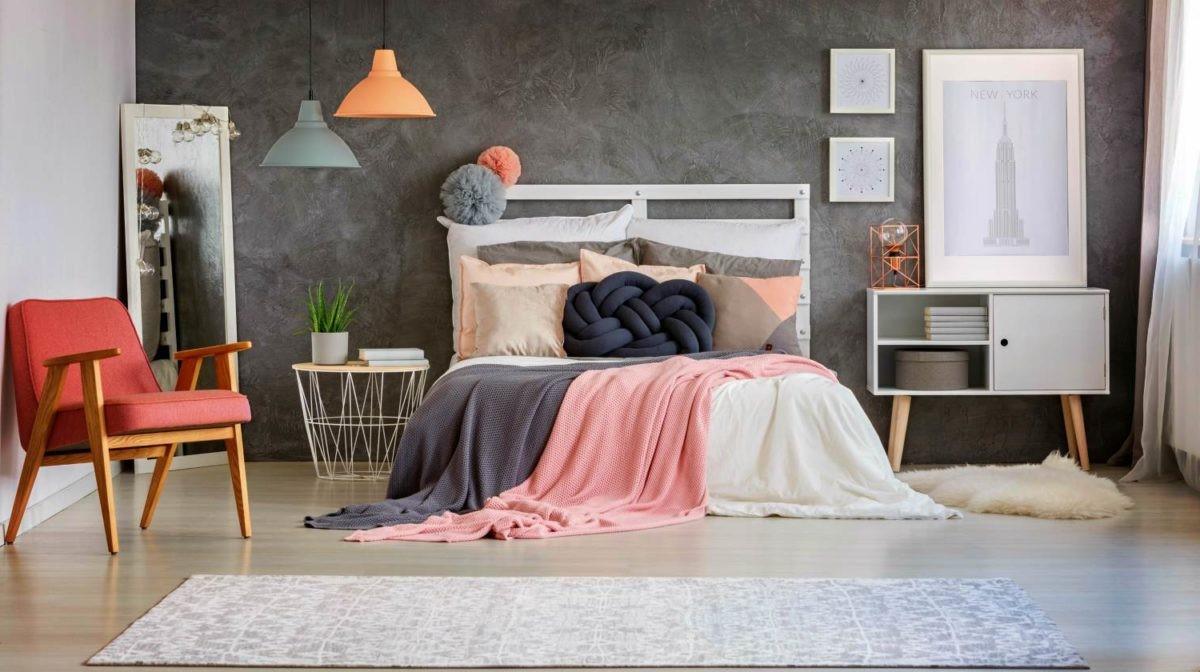Chambre à coucher de style contemporain.