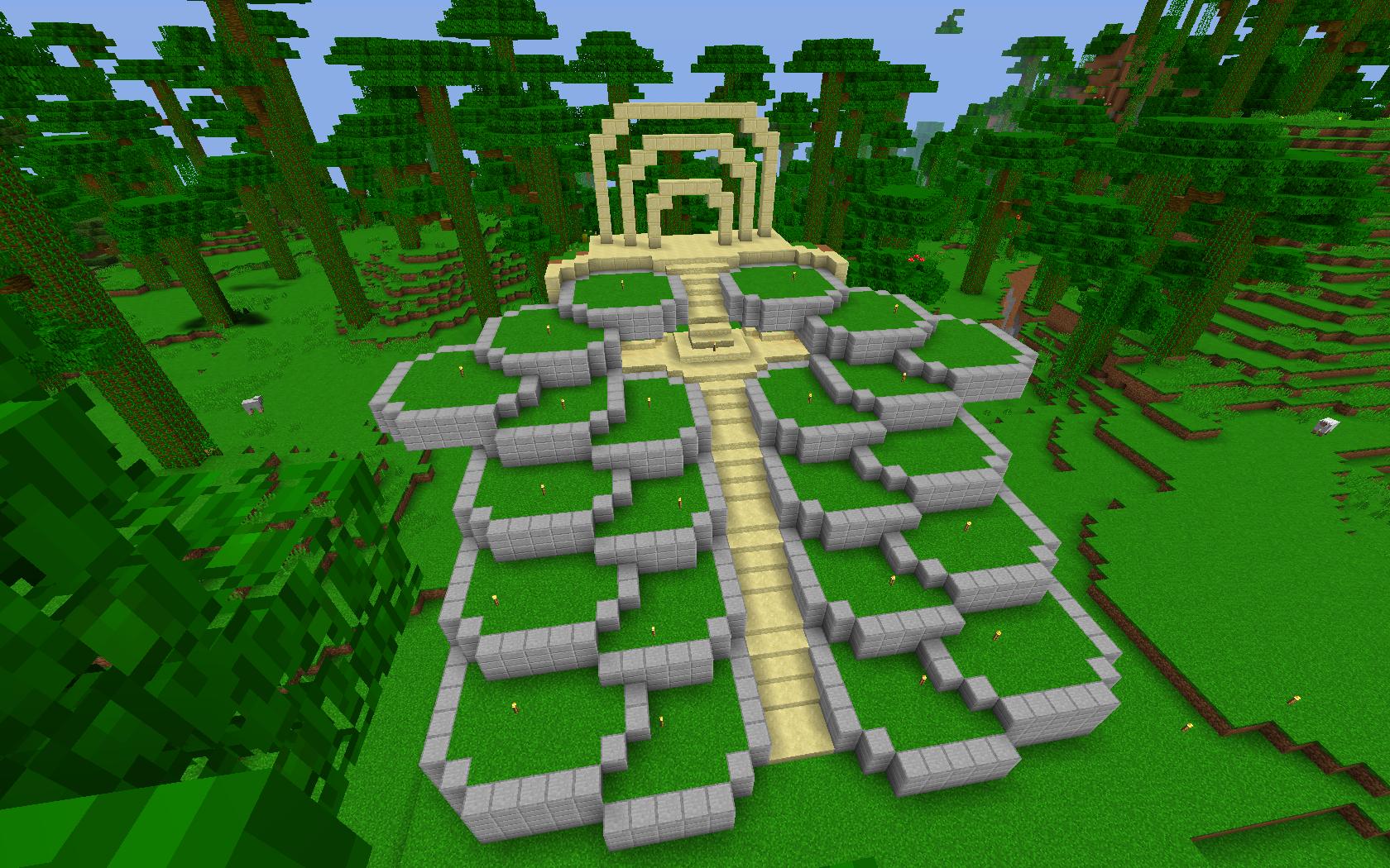 Idée de jardin en terrasse entourant un autel.