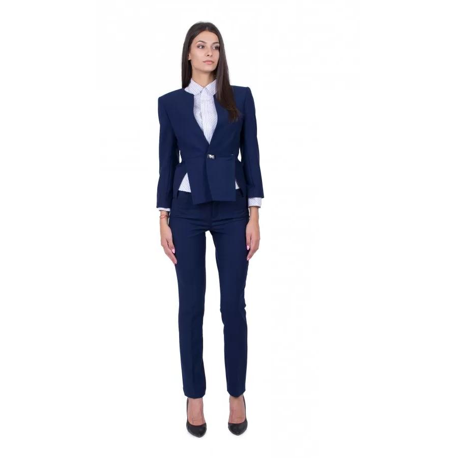 Costume femme ajusté en bleu tendance 2020