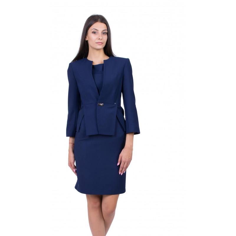 Tailleur femme en bleu tendance 2020