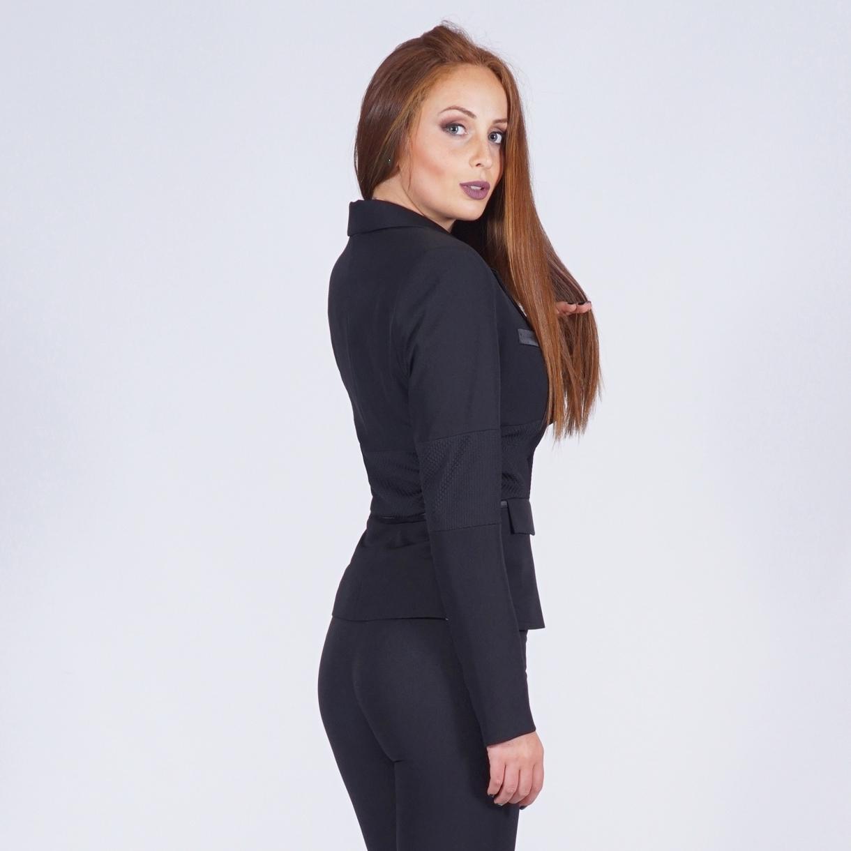 Tailleur femme classique en noir