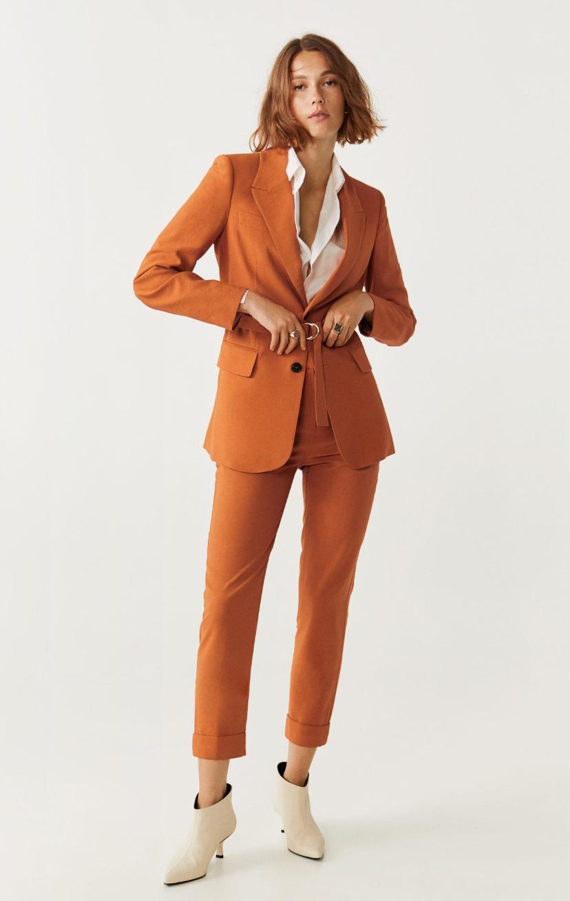 Tailleur femme en orange