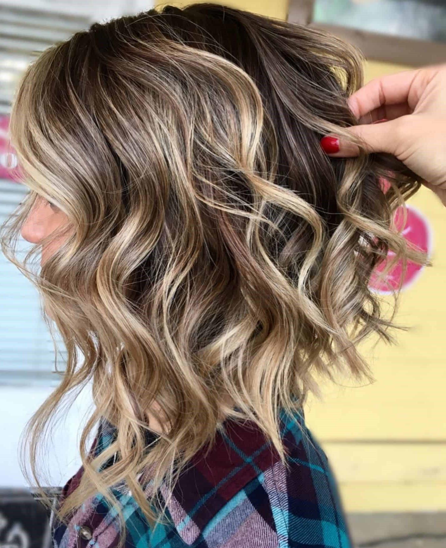 Carré plongeant long 2020: la coiffure qui convient à chaque type et forme de visage - Coiffures ...