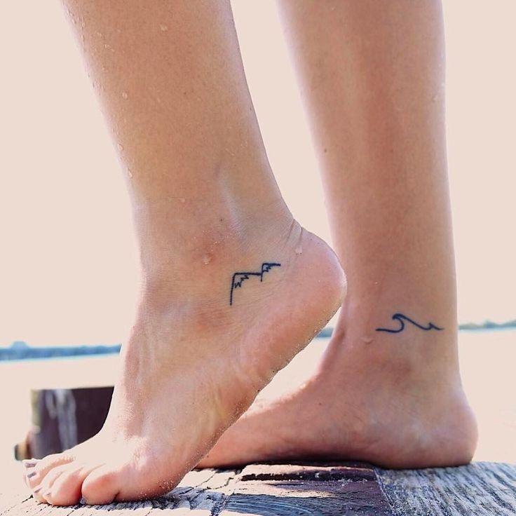 Mini tatouages pour femme.