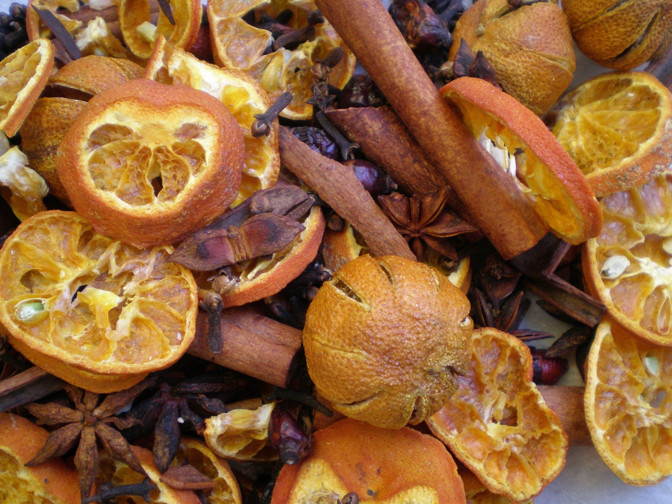 L'orange et la cannelle sont une combinaison à l'odeur céleste.