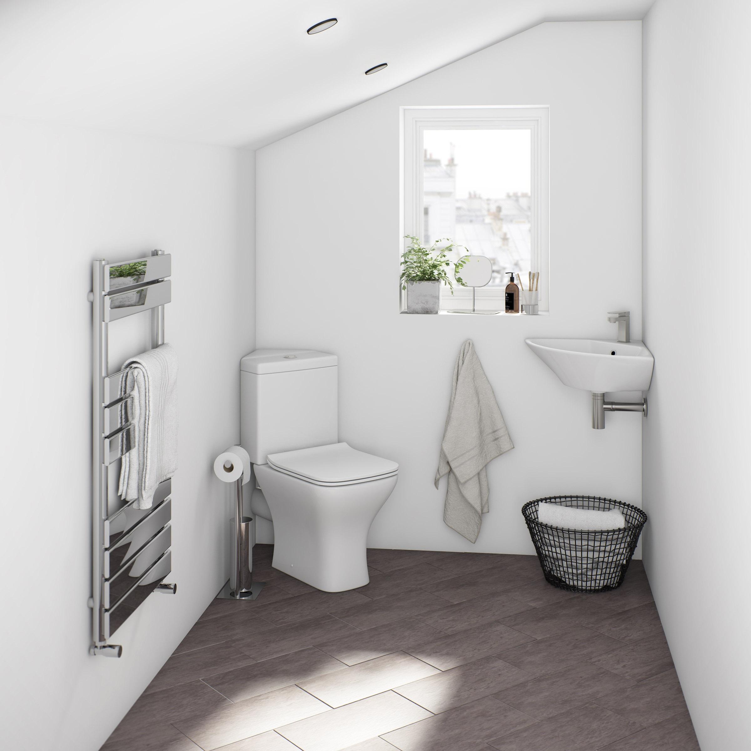 Ajoutez quelques plantes à votre salle de bains pour créer une atmosphere plus accueillante.