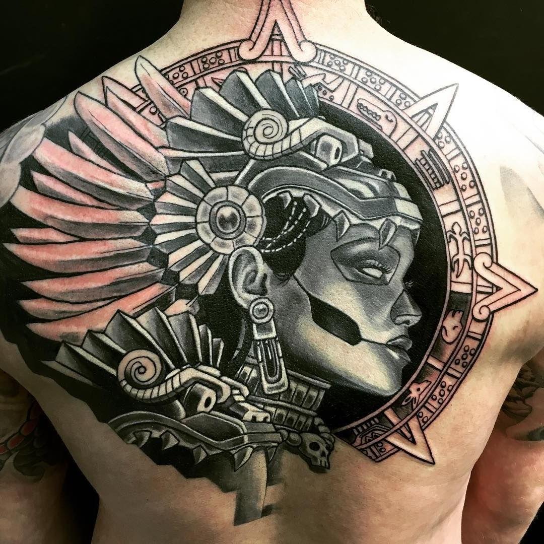 Tatouage guerrière.
