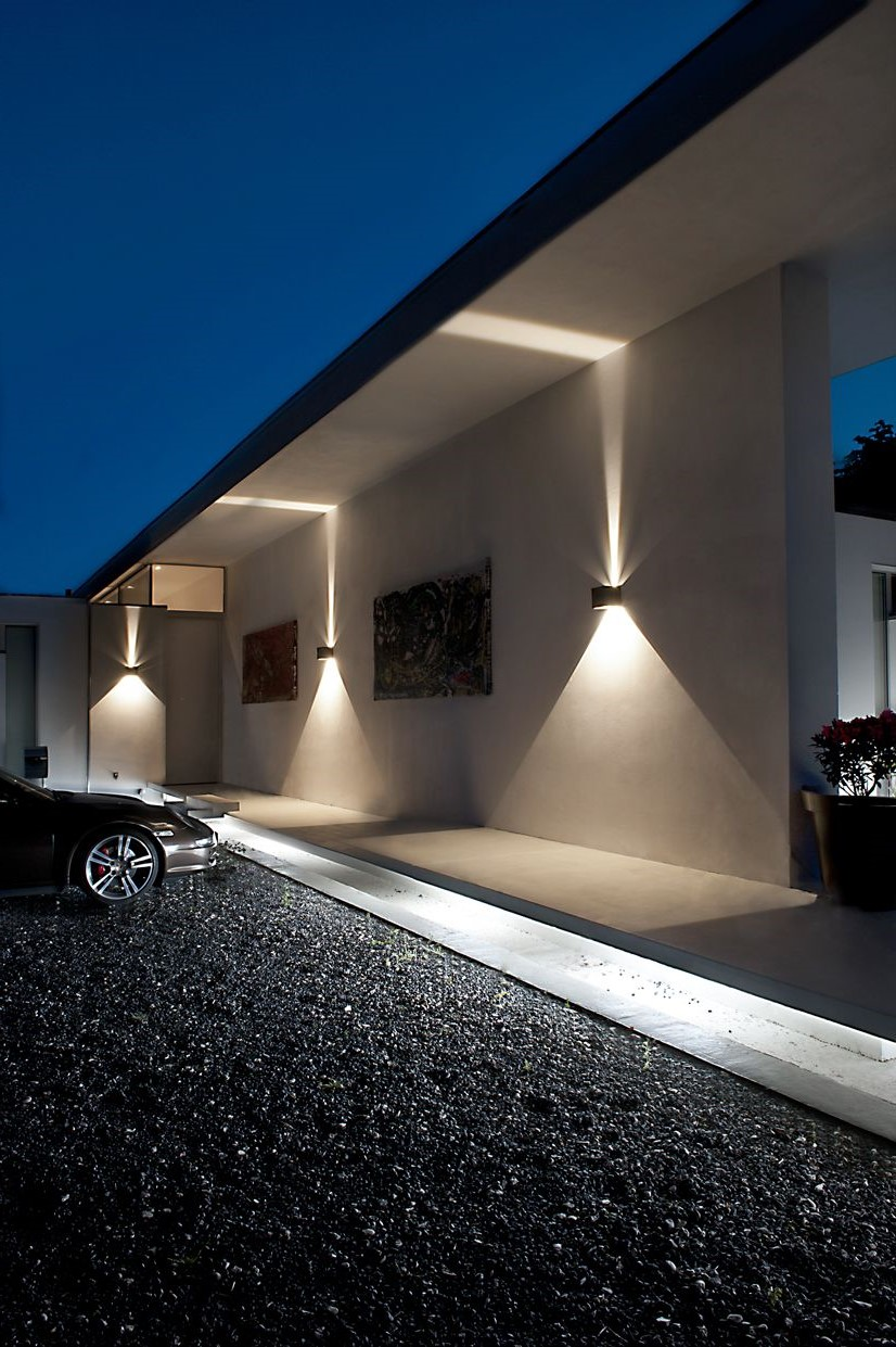 Luminaire extérieur.