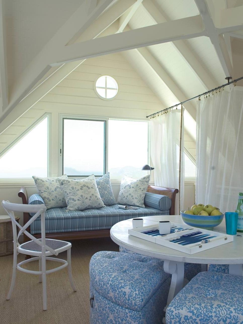 Transformez votre chambre sous les toits en quelque chose d'unique.
