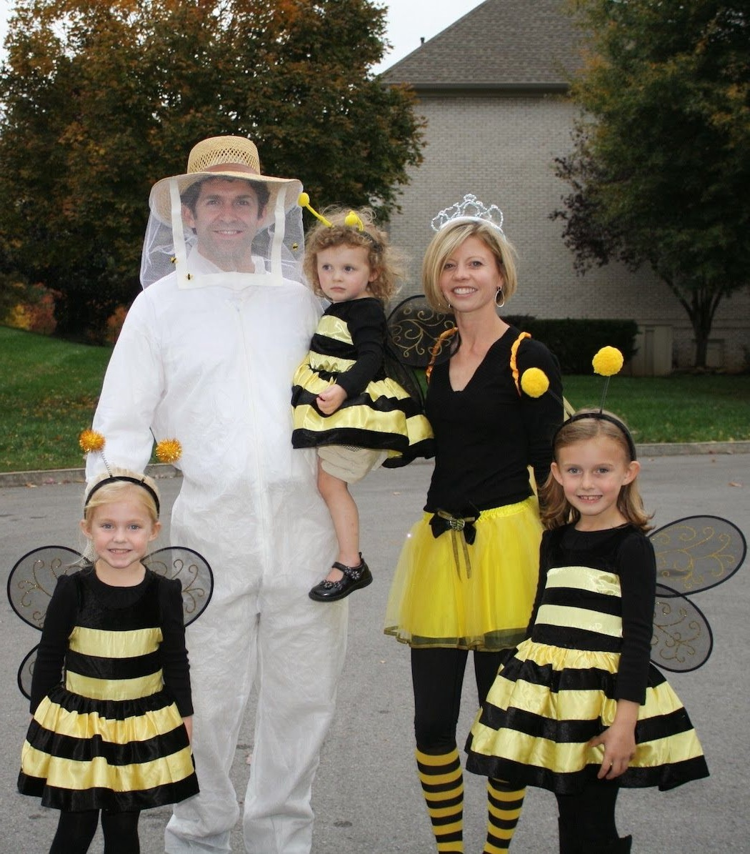 Costumes d'Halloween pour vous et vos amis.
