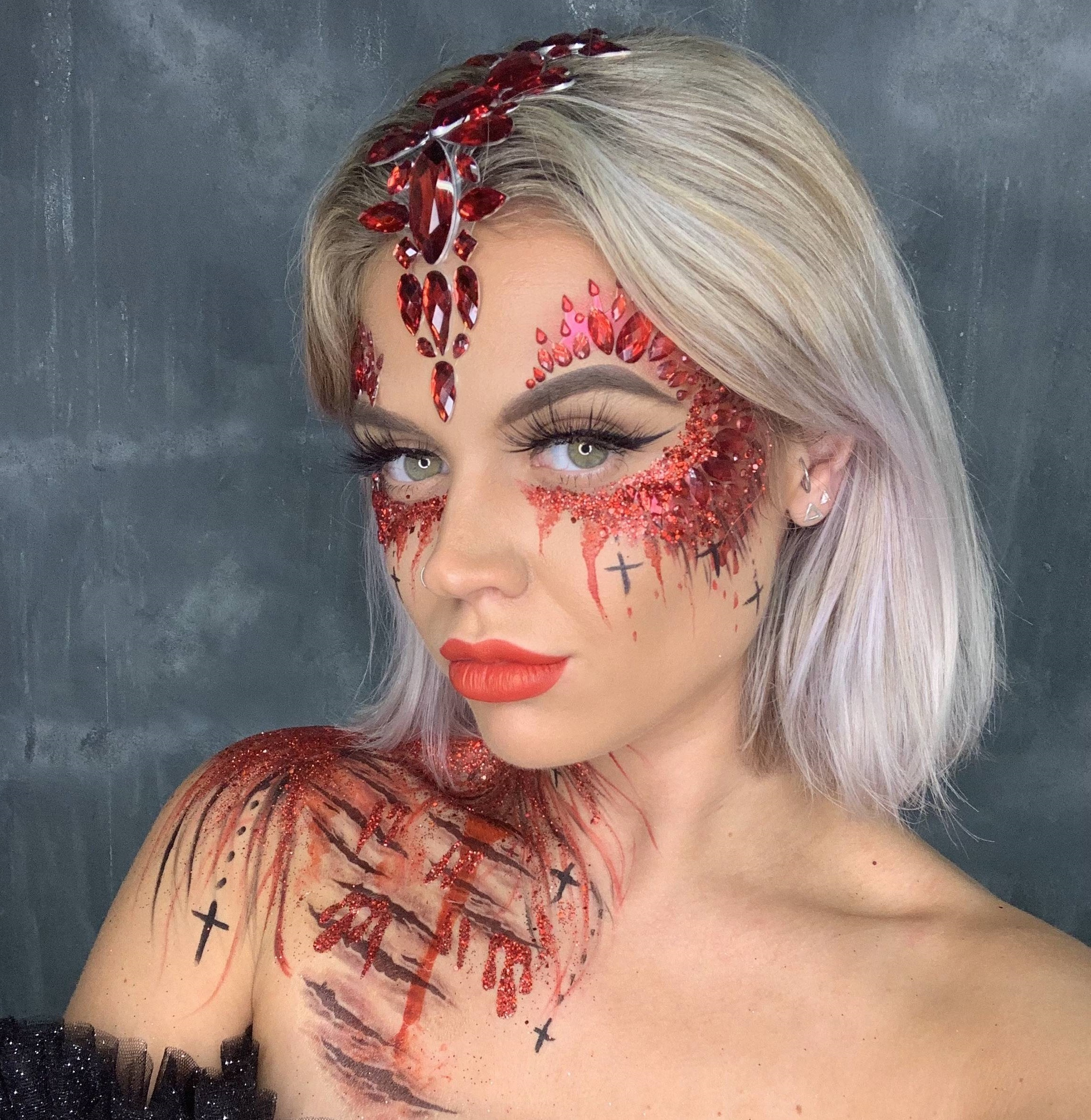 Déguisement d'Halloween créatif.