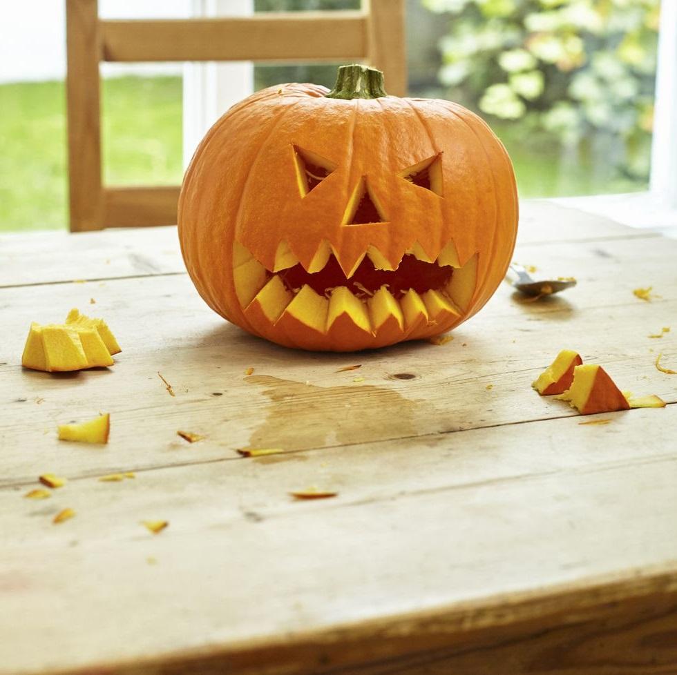 Bricolage d'automne pour Halloween.