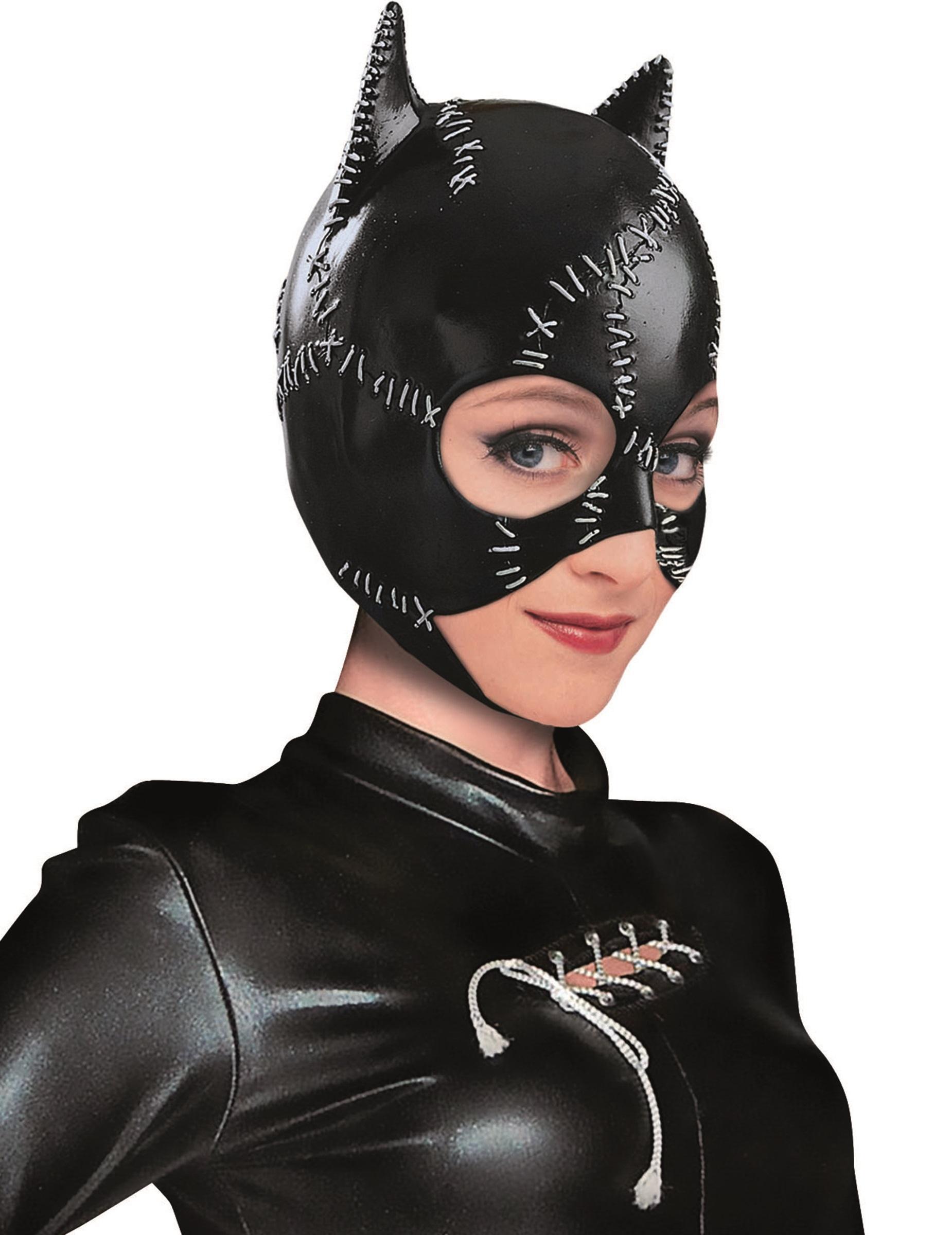 Déguisement et maquillage de chat pour la fête du 31 octobre.