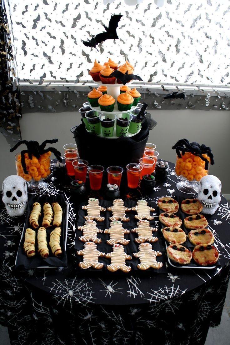Préparez des délicieuses collations effrayantes pour les invités.