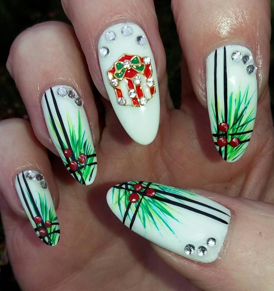 Nail art cadeau de Noël.